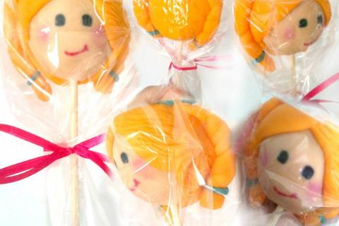 Mother goose club cake pops