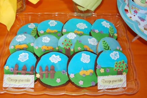 Mother goose club cookies